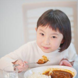 子どもの矯正治療中に気を付けたい食べ物とは?